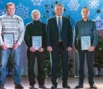 Почитая человека труда: в Сумском НПО им. М.В. Фрунзе наградили лучших работников года, трудовые династии и авторов инновационных идей